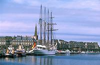Europe/France/Bretagne/35/Ille-et-Vilaine/Saint-Malo: Quatre Mats au Port dans le Bassin Vauban et la Ville Close