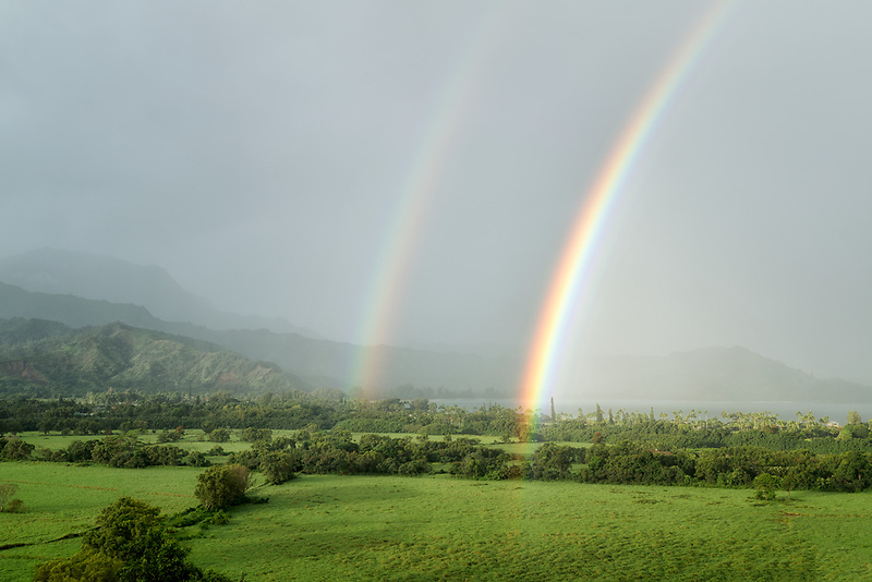 Double rainbow over Hanalei Valley. Kauai, Hawaii.