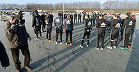 20170118 - TUBIZE , Belgium : illustration picture shows the gathering shows the players and coach Serneels pictured during a training session of the Belgian national women's soccer team Red Flames during their winter camp, on the 18 th of January in Tubize. PHOTO DIRK VUYLSTEKE | Sportpix.be