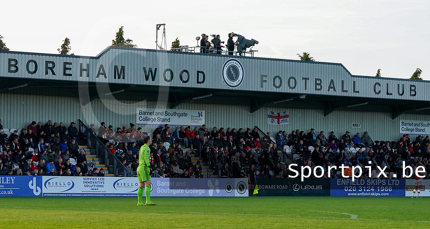 20191027 - Boreham Wood: Borham Wood Football Club stadium pictured during the Barclays FA Women's Super League match between Arsenal Women and Manchester City Women on October 27, 2019 at Boreham Wood FC, England. PHOTO:  SPORTPIX.BE   SEVIL OKTEM