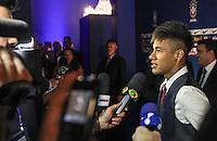 SAO PAULO, SP,  03 DEZEMBRO 2012 - PREMIACAO CRAQUE DO BRASILEIRO 2012 - O jogador Neymar e visto chegando na premiacao Craque do Brasileirao 2012 no HSBC Brasil na regiao sul da capital paulista na noite desta segunda-feira, 03. (FOTO: WILLIAM VOLCOV / BRAZIL PHOTO PRESS).
