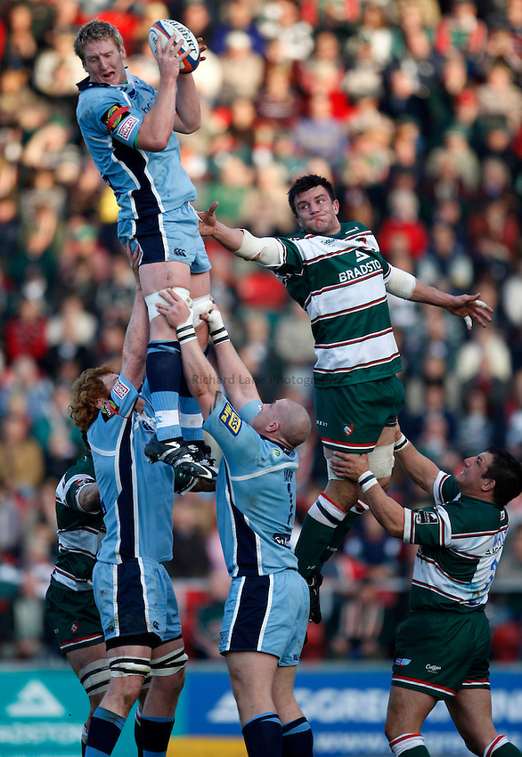 Photo: Richard Lane/Richard Lane Photography..Leicester Tigers v Cardiff Blues. EDF Energy Cup. 03/11/2007. .Blues' Bradley Davies wins a lineout as Tigers' Martin Corry challenges.