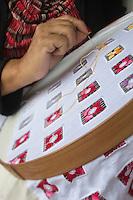 France, île de la Réunion, Parc national de La Réunion, classé Patrimoine Mondial de l'UNESCO, Cirque de CIlaos, Cilaos,  Marie-Lucienne Techer, dentellière, dentelle de Cilaos    //  France, Reunion island (French overseas department), Parc National de La Reunion (Reunion National Park), listed as World Heritage by UNESCO, cirque of Cilaos,  Cilaos, Marie Lucienne Techer, lacemaker, Cilaos lace