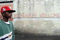 Roma 11 Settembre 2015<br /> Marcia delle donne e degli uomini scalzi in solidarietà ai migranti, i manifestanti chiedono un cambiamento radicale in materia di politiche migratorie. La manifestazione é partita dal centro Baobab che ospita centinaia di richiedenti asilo e si tiene in circa 60 città italiane.<br /> Rome September 11, 2015<br /> March of women and barefoot men, in solidarity with migrants, the protesters calling for a radical change in migration policies. The event is It started from the center Baobab which houses hundreds of asylum seekers and is held simultaneously in about 60 Italian cities.