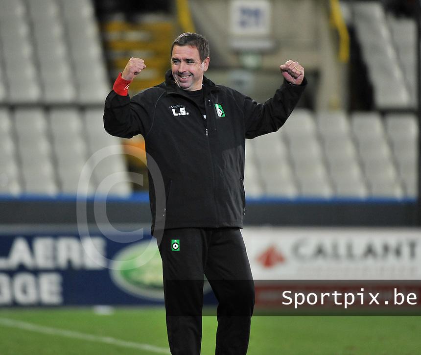 Cercle Brugge - KV Kortrijk : Cercle Coach Lorenzo Staelens weet geen blijf met zijn vreugde na de overwinning<br /> foto VDB / Bart Vandenbroucke