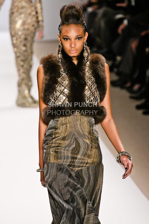R'el Dade walks the runway in a Naeem Khan Fall 2010 outfit, during Mercedes-Benz Fashion Week Fall 2010.