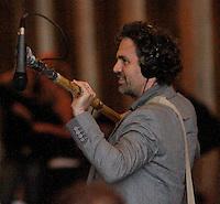 NEW YORK,NY - JULY 20,2012; Mark Ruffalo shooting on location in Central Park for the new VH-1 movie &quot;Can a Song Save Your Life?&quot; in New York City. &copy; RW/MediaPunch Inc. *NortePhoto.com*<br /> **SOLO*VENTA*EN*MEXICO**<br />  **CREDITO*OBLIGATORIO** *No*Venta*A*Terceros*<br /> *No*Sale*So*third* ***No*Se*Permite*Hacer Archivo***No*Sale*So*third*&Acirc;&copy;Imagenes*con derechos*de*autor&Acirc;&copy;todos*reservados*.