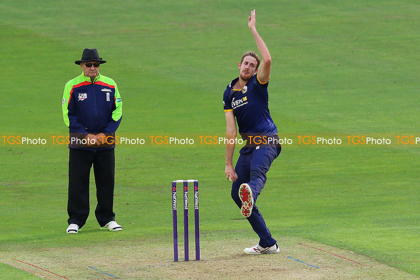 Matt Quinn in bowling action for Essex during Glamorgan vs Essex Eagles, Nat West T20 Blast Cricket at the SSE SWALEC Stadium on 1st June 2016