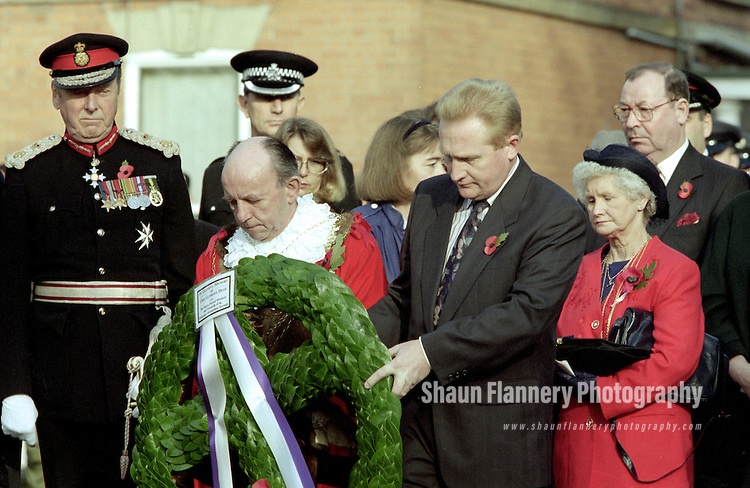 Pix: Shaun Flannery/shaunflanneryphotography.com...COPYRIGHT PICTURE>>SHAUN FLANNERY>01302-570814>>07778315553>>..12th November 1995..Remembrance Day at the war memorial in Bennethorpe, Doncaster..Remembrance Day, also known as Poppy Day of Armistice Day, is a memorial day observed in Commonwealth countries since the end of World War 1 to remember the members of their armed forces who have died in the line of duty..Mayor Andy Lanaghan and DMBC chief executive Doug Hale lay a wreath.