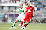 VfL Wolfsburg's Vanessa Bernauer (r) and Olympique Lyonnais's Camile Abily during UEFA Women's Champions League 2015/2016 Final match.May 26,2016. (ALTERPHOTOS/Acero)