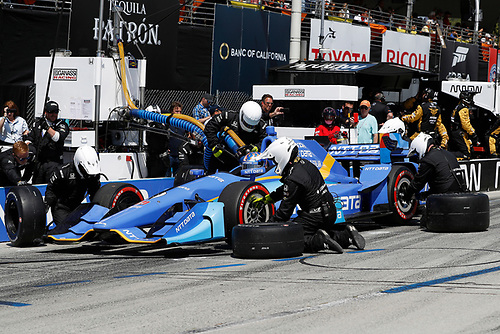 2017 Verizon IndyCar Series<br /> Toyota Grand Prix of Long Beach<br /> Streets of Long Beach, CA USA<br /> Sunday 9 April 2017<br /> Scott Dixon, pit stop<br /> World Copyright: Michael L. Levitt<br /> LAT Images