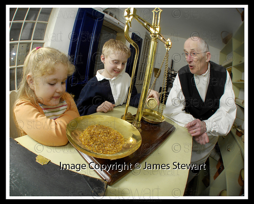 19/02/2007       Copyright Pic: James Stewart.File Name : jspa07_house.CHILDREN ENJOY THE INTERACTIVE ACTIVITIES AT CALLENDAR HOUSE....James Stewart Photo Agency 19 Carronlea Drive, Falkirk. FK2 8DN      Vat Reg No. 607 6932 25.Office     : +44 (0)1324 570906     .Mobile   : +44 (0)7721 416997.Fax         : +44 (0)1324 570906.E-mail  :  jim@jspa.co.uk.If you require further information then contact Jim Stewart on any of the numbers above.........