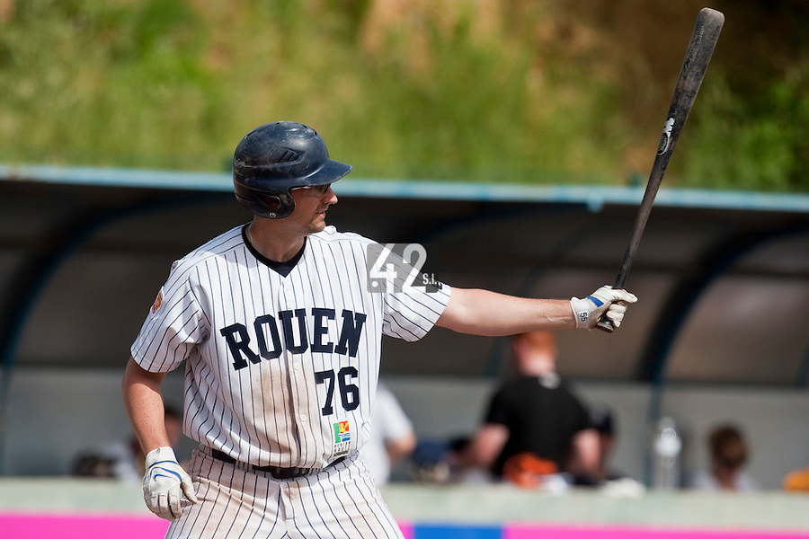 23 May 2009: Ian Young of Rouen is seen at bat during the 2009 challenge de France, a tournament with the best French baseball teams - all eight elite league clubs - to determine a spot in the European Cup next year, at Montpellier, France. Rouen wins 6-2 over La Guerche.
