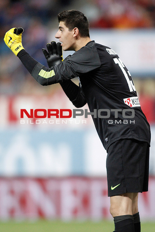 Atletico de Madrid's Thibaut Courtois during Supercup of Spain 1st match.August 21,2013. Foto © nph / Acero)