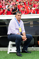 CALI- COLOMBIA, 18-11-2017:Jorge Da Silva director técnico del América.Acción de juego entre el América de Cali y el Atlético Bucaramanga durante  partido por la fecha 20 de la Liga Aguila II 2017 jugado en el estadio Pascual Guerrero de la ciudad de Cali. / Jorge Da Silva caoch of America de Cali.Action game   between  América de Cali and Atletico Bucaramanga during match for the date 20 of the Liga Aguila II 2017 played at the Pascual Guerrero Stadium in Cali city. Photo: Vizzorimage / Nelson Rios / Stringer