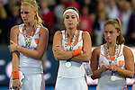 ENG - London, England, August 30: Players of The Netherlands look dejected after loosing the final of the Unibet EuroHockey 2015 geld medal match against England on August 30, 2015 at Lee Valley Hockey and Tennis Centre, Queen Elizabeth Olympic Park in London, England. Final score 2-2 (3-1 SO). (Photo by Dirk Markgraf / www.265-images.com) *** Local caption *** Caia van MAASAKKER #13 of The Netherlands, Eva de GOEDE #24 of The Netherlands, Kelly JONKER #10 of The Netherlands