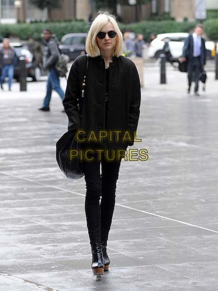 LONDON, UK - FEBRUARY 27 - Fearne Cotton arriving at the Radio One Studios, London, on Thursday, 27 February, 2014. <br /> CAP/AOU<br /> &copy;AOU/Capital Pictures