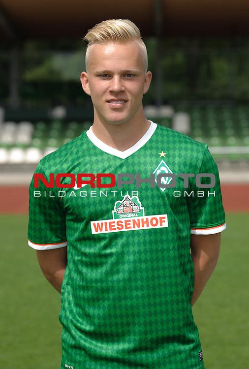 19.07.2013, Platz 11, Bremen, GER, RLN, Mannschaftsfoto Werder Bremen II, im Bild Marcel Hil&szlig;ner (Bremen #10)<br /> <br /> Foto &copy; nph / Frisch