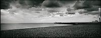 Europe/France/Normandie/Haute-Normandie/76/Seine-Maritime/Dieppe: Le front de mer, la plage de galets et  les falaises