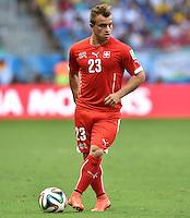 FUSSBALL WM 2014  VORRUNDE    GRUPPE E     Schweiz - Frankreich                   20.06.2014 Xherdan Shaqiri (Schweiz) am Ball
