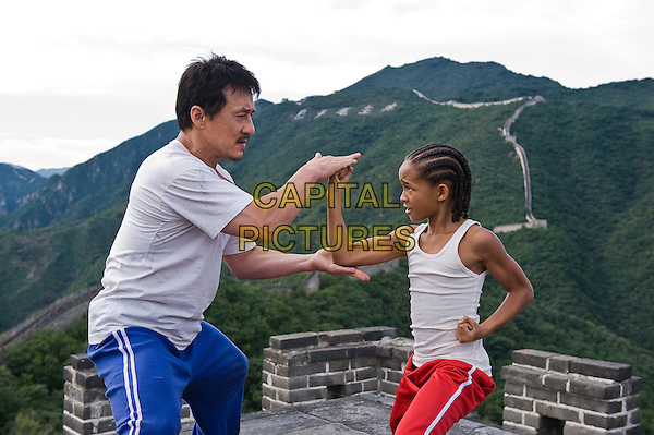 JACKIE CHAN & JADEN SMITH.in The Karate Kid (2010).*Filmstill - Editorial Use Only*.CAP/FB.Supplied by Capital Pictures.