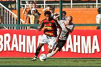 ATENÇÃO EDITOR: FOTO EMBARGADA PARA VEÍCULOS INTERNACIONAIS SÃO PAULO,SP,30 SETEMBRO 2012 - CAMPEONATO BRASILEIRO - CORINTHIANS x SPORT -Rithely jogador do Sport  durante partida Corinthians x Sport válido pela 27º rodada do Campeonato Brasileiro no Estádio Paulo Machado de Carvalho (Pacaembu), na região oeste da capital paulista na tarde deste domingo (30).(FOTO: ALE VIANNA -BRAZIL PHOTO PRESS).