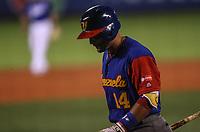 Matin Prado de Venezuela en su primer turno al bat en el primer inning ,durante el partido de desempate italia vs Venezuela, World Baseball Classic en estadio Charros de Jalisco en Guadalajara, Mexico. Marzo 13, 2017. (Photo: AP/Luis Gutierrez)