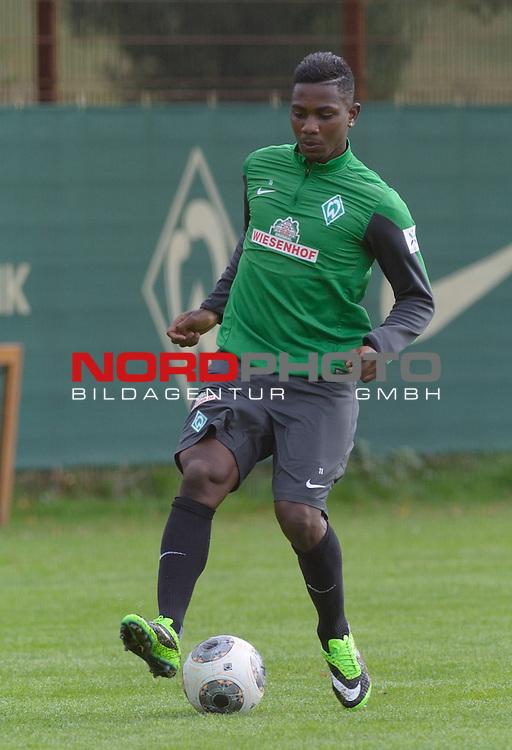04.09.2013, Trainingsgelaende, Bremen, GER, 1.FBL, Training Werder Bremen, im Bild Eljero Elia (Bremen #11)<br /> <br /> Foto &copy; nph / Frisch
