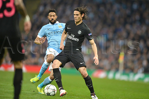 12.04.2016. manchester, England. UEFA Champions league, quarterfinals, second leg. Manchester City versus Paris St Germain.  EDINSON CAVANI (psg) holds off GAEL CLICHY (man)