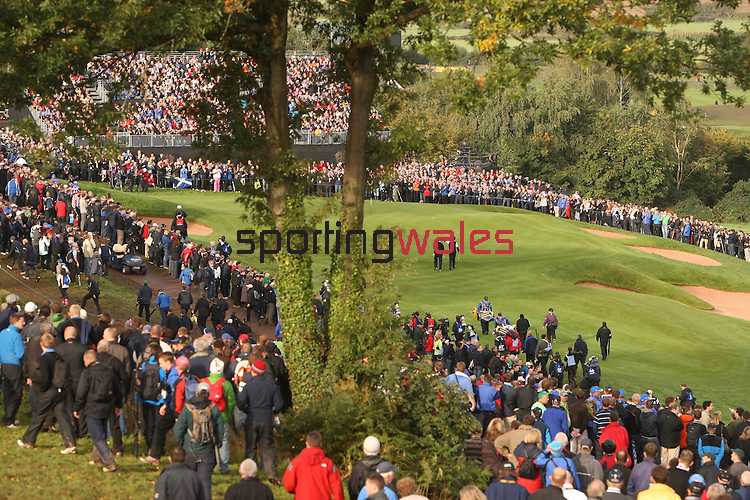 Ryder Cup 2010..A general view of the 17th green with thousands of golf fans..02.10.10.©Steve Pope.