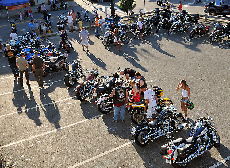 TORRINGTON, CT, 22 JULY 2011-072211JS02-- Hundreds of bikers and motorcycle enthusiasts filled Main Street in Torrington on Sunday for the Torrington Police Department's DARE motorcycle show on Friday. <br /> Jim Shannon/Republican-American