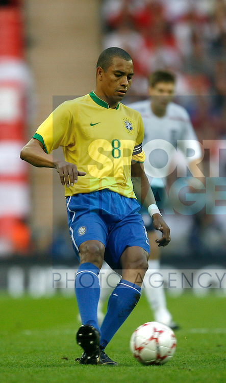 Brazil's Gilberto Silva..International Friendly..England v Brazil..1st June, 2007..--------------------..Sportimage +44 7980659747..admin@sportimage.co.uk..http://www.sportimage.co.uk/