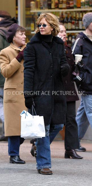 Meg Ryan seen walking and shopping around her neighborhood in SoHo. New York, December 21, 2002. Please byline: Alecsey Boldeskul/NY Photo Press.   ..*PAY-PER-USE*      ....NY Photo Press:  ..phone (646) 267-6913;   ..e-mail: info@nyphotopress.com