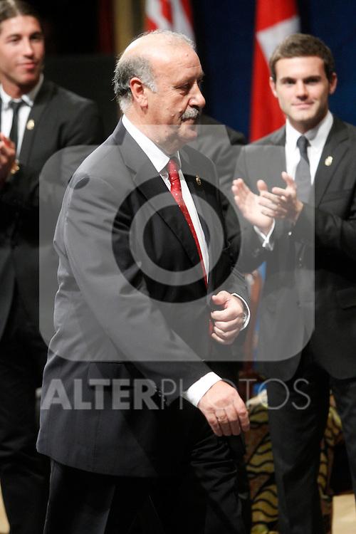 OVIEDO, Spain (22/10/2010).-  Prince of Asturias Awards 2010 Ceremony. Vicente del Bosque ( Sports award)..Photo: POOL / Robert Smith  / ALFAQUI