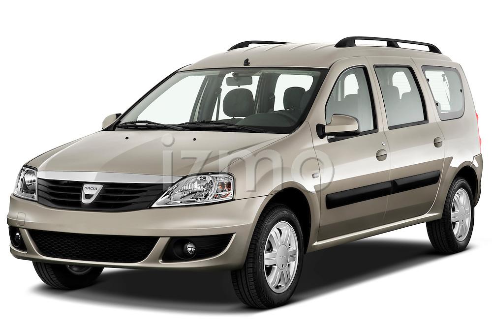 Front three quarter view of a 2009 Dacia Logan Laureate Minivan.