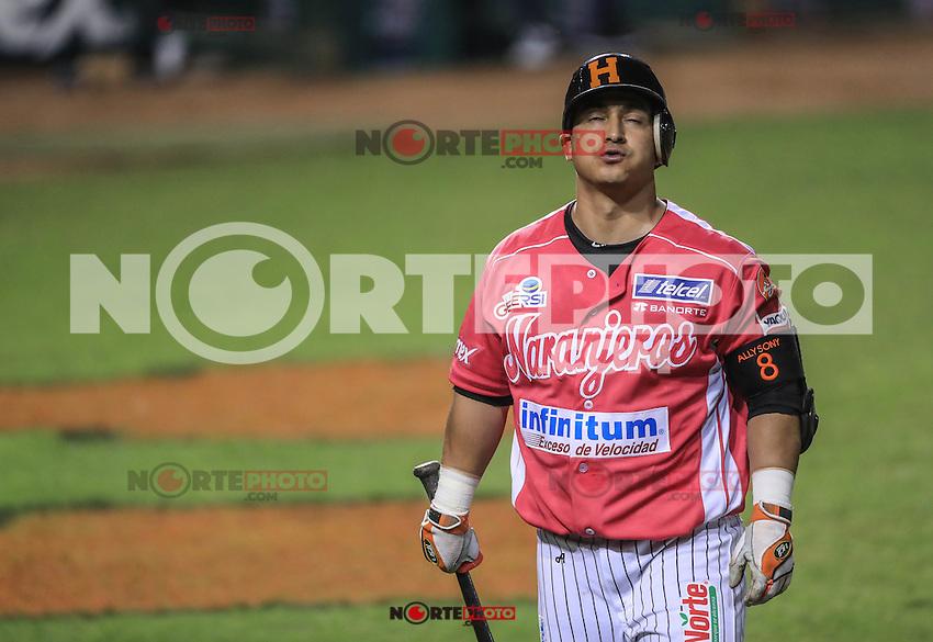 Jose Amador en Ponchado , durante el partido2 de beisbol entre Naranjeros de Hermosillo vs Yaquis de Obregon. Temporada 2016 2017 de la Liga Mexicana del Pacifico.<br /> &copy; Foto: LuisGutierrez/NORTEPHOTO.COM
