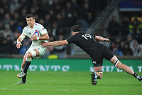 Henry Slade of England goes round Scott Barrett of New Zealand during the Quilter International match between England and New Zealand at Twickenham Stadium on Saturday 10th November 2018 (Photo by Rob Munro/Stewart Communications)