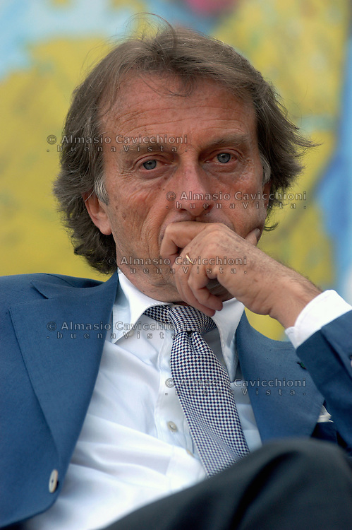 6 LUG 2004 Serravalle Pistoiese: LUCA CORDERO di MONTEZEMOLO  alla festa della CGIL di Pistoia.