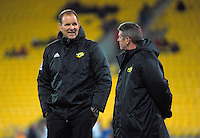 Hurricanes coaching staff John Plumtree and Chris Stirling during the Super Rugby match between the Hurricanes and Reds at Westpac Stadium, Wellington, New Zealand on Saturday, 14 May 2016. Photo: Dave Lintott / lintottphoto.co.nz