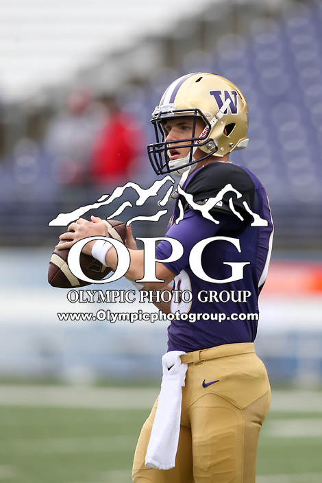 03 September 2016: Washington's Blake Gregory against Rutgers.  Washington defeated Rutgers 48-13 at the University of Washington in Seattle, WA.