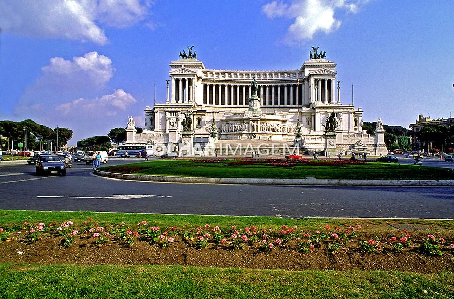 Monumento Vitor Emanuelle em Roma. Itália. 1998. Foto de Juca Martins.