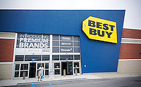 A Best Buy electronics store in Valley Stream in Long Island on Saturday, July 9, 2016.  (© Richard B. Levine)
