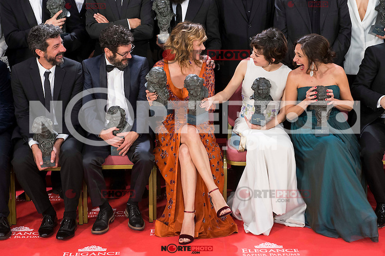 Alberto Rodriguez, Manolo Solo, Emma Suarez, Anna Castillo and Beatriz Bodegas talking before the photo family for the media at Madrid Marriott Auditorium Hotel in Madrid, Spain. February 04, 2017. (ALTERPHOTOS/BorjaB.Hojas) /NORTEPHOTO.COM