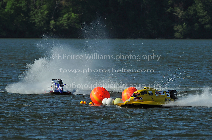 3-4 May 2008, Pickwick,TN USA.Terry Rinker leads Todd Beckman through the difficult left/right chicane..©2008 F.Peirce Williams