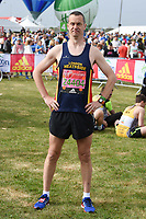 Paul Tonkinson at the start of the 2017 London Marathon on Blackheath Common, London, UK. <br /> 23 April  2017<br /> Picture: Steve Vas/Featureflash/SilverHub 0208 004 5359 sales@silverhubmedia.com