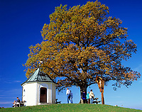 Deutschland, Bayern, Oberbayern, Chiemgau: Aussichtskapelle bei Toerwang/Samerberg | Germany, Bavaria, Upper Bavaria, Chiemgau, Outlook-Chapel near Toerwang/Samerberg