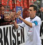 Waldhofs Hanno Balitsch (Nr.14) bei den Fans beim Spiel in der Regionalliga Suedwest SV Spielberg - SV Waldhof Mannheim.<br /> <br /> Foto © PIX-Sportfotos *** Foto ist honorarpflichtig! *** Auf Anfrage in hoeherer Qualitaet/Aufloesung. Belegexemplar erbeten. Veroeffentlichung ausschliesslich fuer journalistisch-publizistische Zwecke. For editorial use only.
