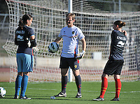 20131026 - LIVADIA , GREECE : Belgian goalkeeper coach Sven Cnudde (middle) pictured his 2 keepers Nicky Evrard (left) and Sofie Van Houtven (right) during the female soccer match between Greece and Belgium , on the third matchday in group 5 of the UEFA qualifying round to the FIFA Women World Cup in Canada 2015 at the Levadia Municipal Stadium , Livadia . Saturday 26th October 2013. PHOTO DAVID CATRY
