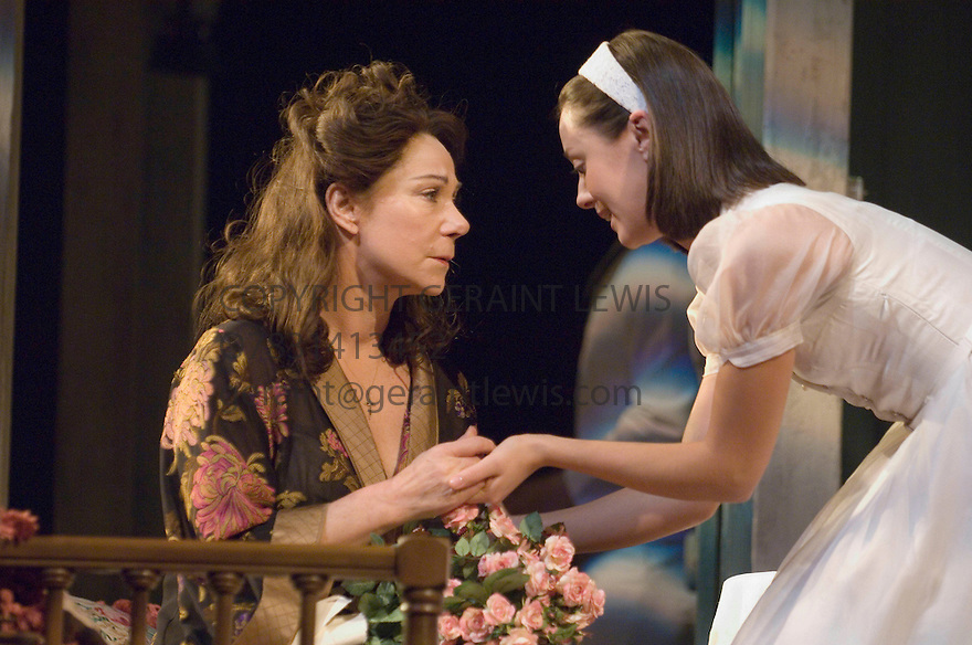 The Rose Tattoo by Tennessee Williams . Directed by Steven Pimlott and Nicholas Hytner. With Zoe Wanamaker as Serafina delle Rose ,Susannah Fielding as Rosa delle Rose. Opens at the Olivier Theatre  on 29/3/07.   CREDIT Geraint Lewis