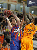 Mad-Croc Fuenlabrada's Charles Garcia (r) and FC Barcelona Regal's   Joe Ingles during Liga Endesa ACB match.November 18,2012. (ALTERPHOTOS/Acero) NortePhoto